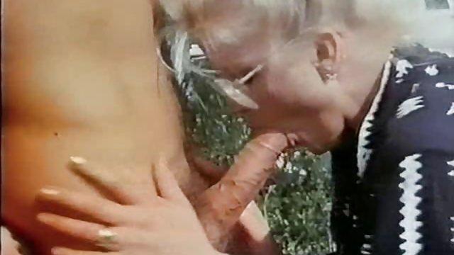 英国的摩洛伊斯兰解放阵线索菲迪管卡琳 促进裸体